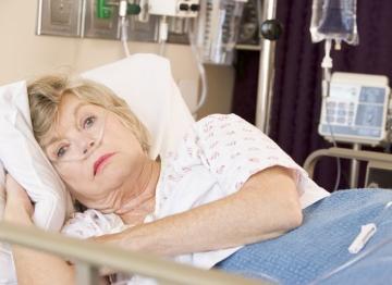 Gyomorfájás, verejtékezés, fájdalom az állkapocsban: ezek a női szívroham jelei - EgészségKalauz